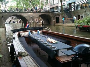 Bbq Boot Utrecht.Bbq Domstadboot Varen In Stijl Domstadboot